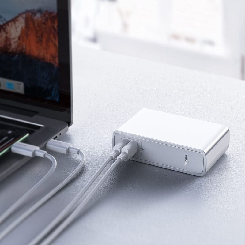 Xiaomi and Baseus introduced powerbank with fast charge option