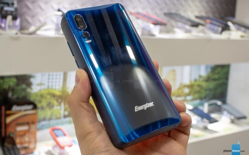 Avenir Telecom presented a smartphone with an incredible battery