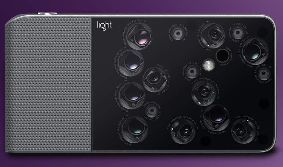 Light работает над реализацией смартфона с девятью фотомодулями