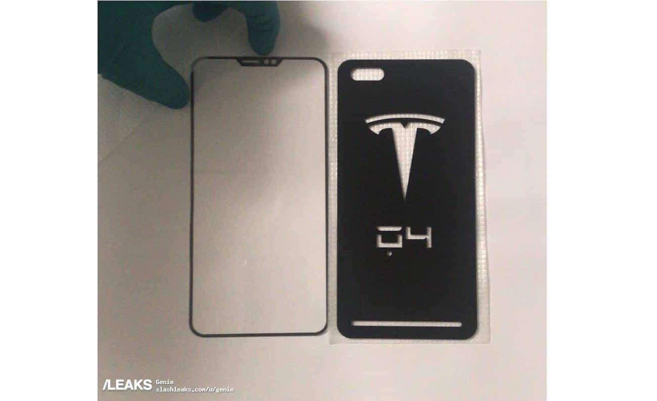 В Интернете всплыли фотографии будущего смартфона от Tesla
